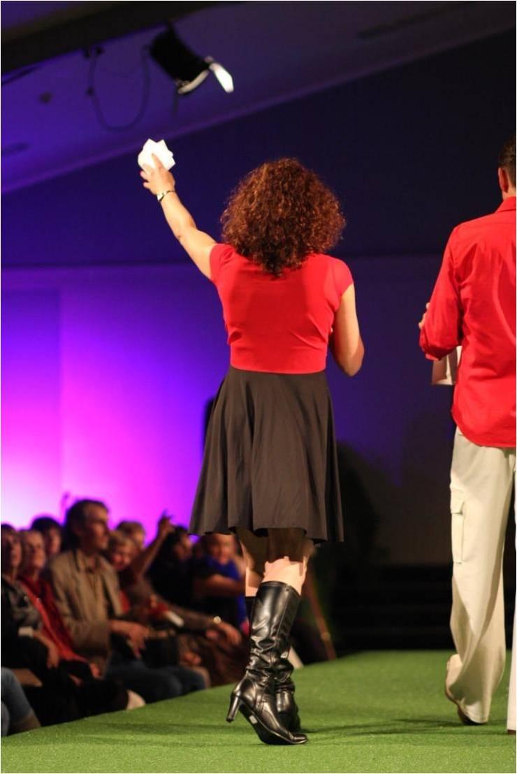 janelle-mc-at-fashion-show