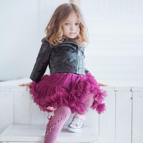 little girl in magenta