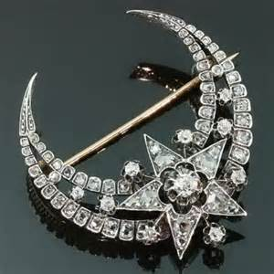 diamonds and moon shape